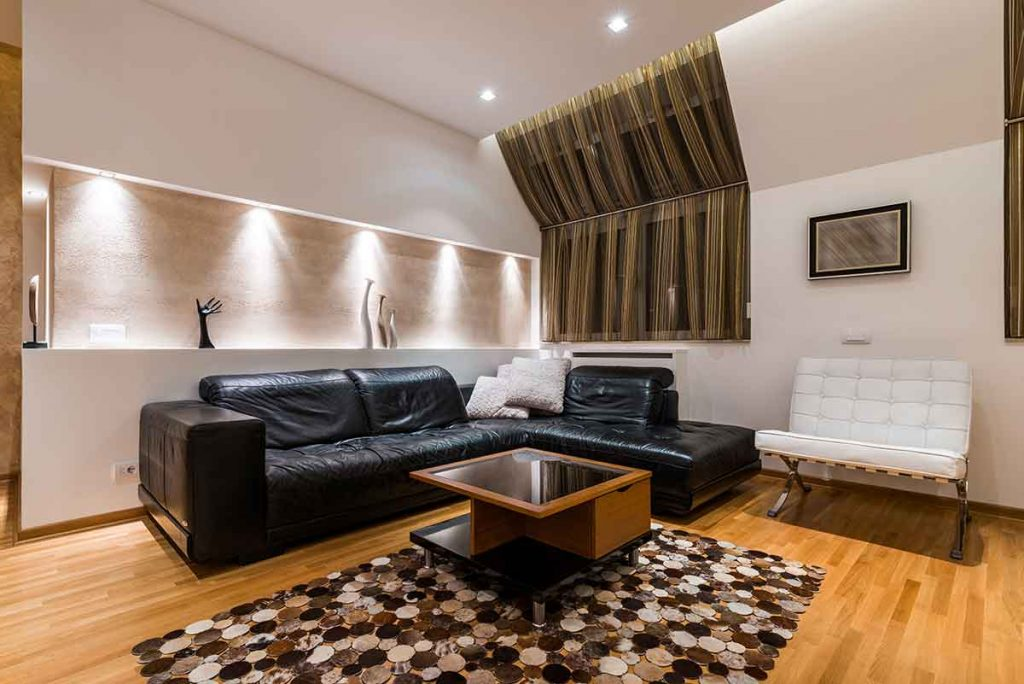 How To Decorate Around A Black Leather Sofa 6 curtains go well with a black leather sofa
